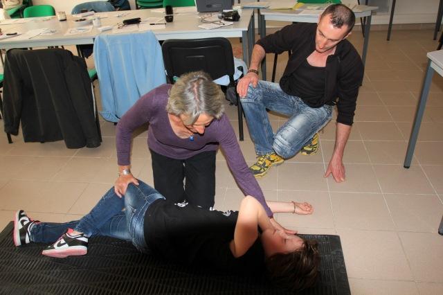PLS: basculement en se servant de la jambe comme levier